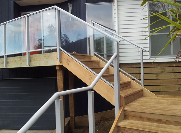 Framed Glass Balustrade and Handrail